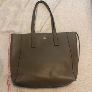 NWOT MICHAEL KORS LEATHER TOTE